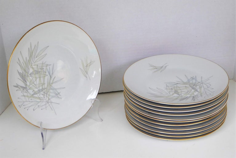 A set of 12 porcelain dinner plates by Rosenthal in theGrasses pattern with the iconic
