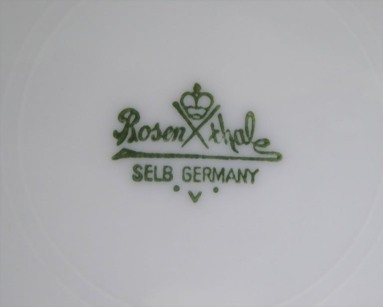 Mid-20th Century 12 Raymond Loewy Mid-Century Modern Rosenthal Form 2000 Dinner Plates Grasses For Sale