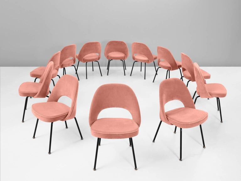 Eero Saarinen for Knoll International, set of eight chairs model 72, in metal and pink fabric, by United States 1948. 