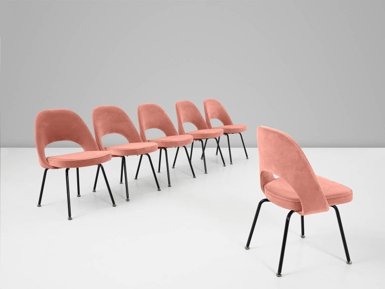North American 12 Reupholstered Chairs by Eero Saarinen for Knoll International For Sale