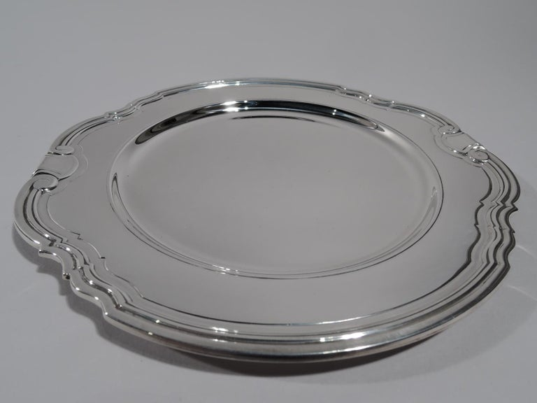 12 Tiffany Art Deco Sterling Silver Bread and Butter Plates in Castilian In Excellent Condition For Sale In New York, NY