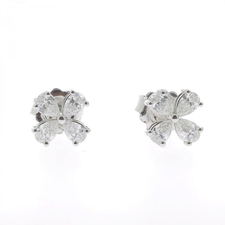 Pear Cut 1.20 Carat Lucky Clover Diamond Earrings 18 Karat White Gold GVS For Sale