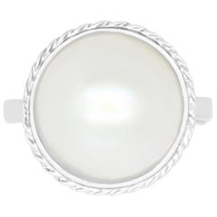 1.20 Carat Mother of Pearl Ring