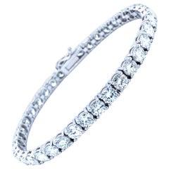 12.05 Carat Diamonds Tennis Bracelet in 18 Karat White Gold