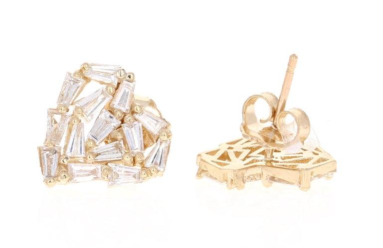 Baguette Cut 1.21 Carat Baguette Diamond 14 Karat Yellow Gold Stud Earrings For Sale