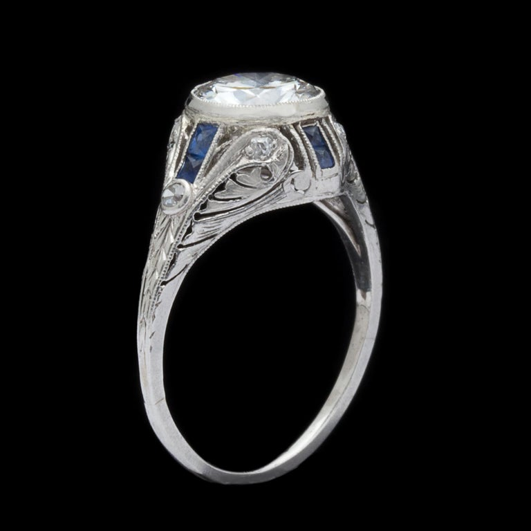 1.21 Carat Diamond and Sapphire Antique Engagement Ring In Excellent Condition For Sale In San Francisco, CA