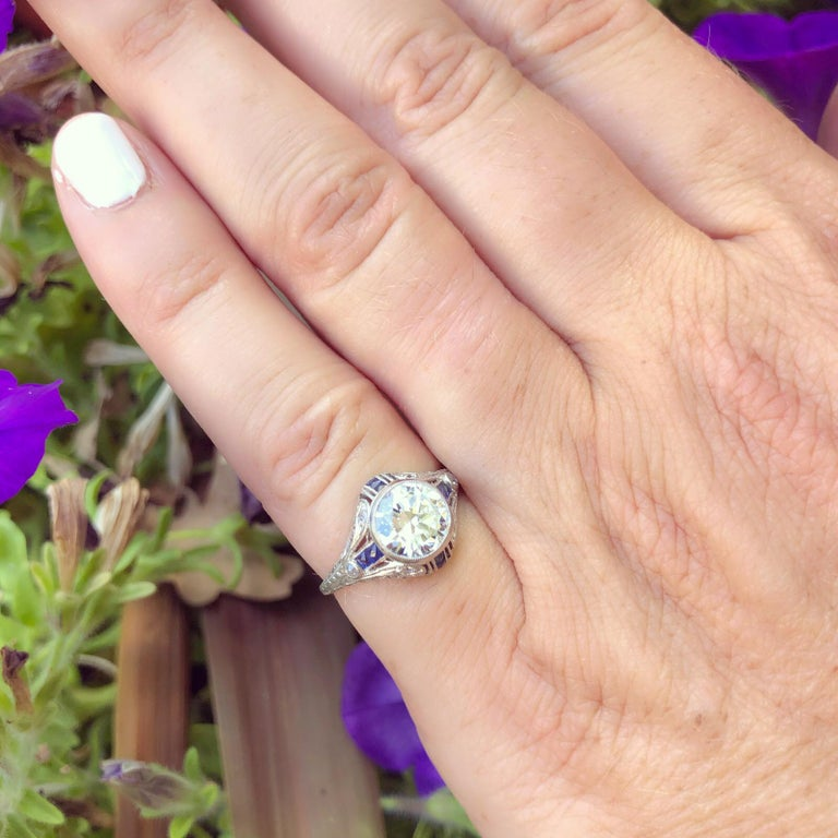 Round Cut 1.21 Carat Diamond and Sapphire Antique Engagement Ring For Sale