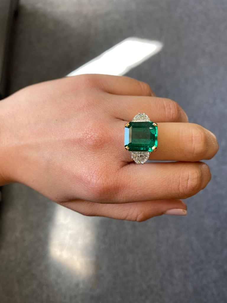 Modern 12.17 Carat Emerald and Diamond Three-Stone Engagement Ring For Sale