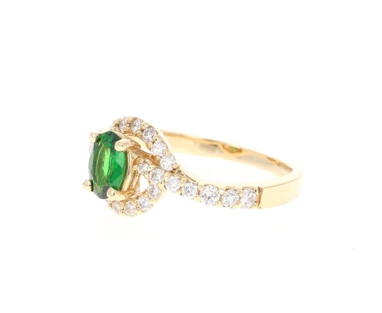 Modern 1.22 Carat Tsavorite Garnet Diamond 14 Karat Yellow Gold Ring
