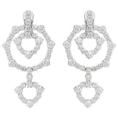 12.26 Carat White GVS Diamonds 18 Karat White Gold Dangle Earrings