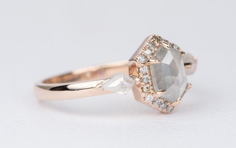 ♥  This ring features a beautiful hexagon-shaped salt and pepper diamond center with a matching salt and pepper diamond halo; accented with kite-shaped diamond on the sides ♥  The overall setting measures 8.43mm in width, 10.83mm in length, and sits