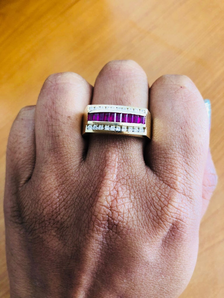 1.23 Carat Men's Ruby Diamond 14 Karat Yellow Gold Ring In New Condition In San Dimas, CA