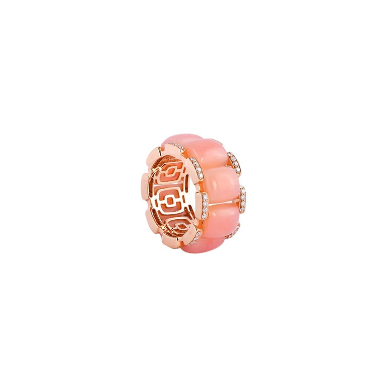 Contemporary 12.3 Carat Pink Opal and White Diamond Ring in 18 Karat Rose Gold For Sale
