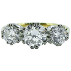 1.23 Carat Traditional Three-Stone Diamond Ring, 18 Carat Gold, Birmingham, 1991