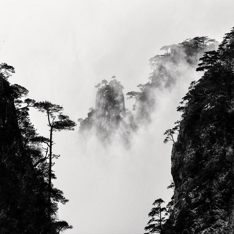 Alexandre Manuel Black and White Photograph - Zhangjiajie 1, China