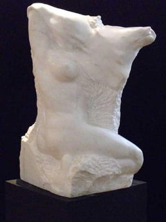 Sitting one - XXI century, Marble figurative sculpture, Nude