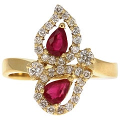 1.24 Carat Burmese Ruby Diamond 18 Karat Yellow Gold Ring