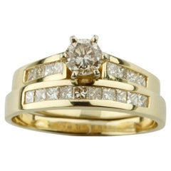 1.24 Carat Round and Princess Diamond Engagement Ring and Band in Yellow Gold