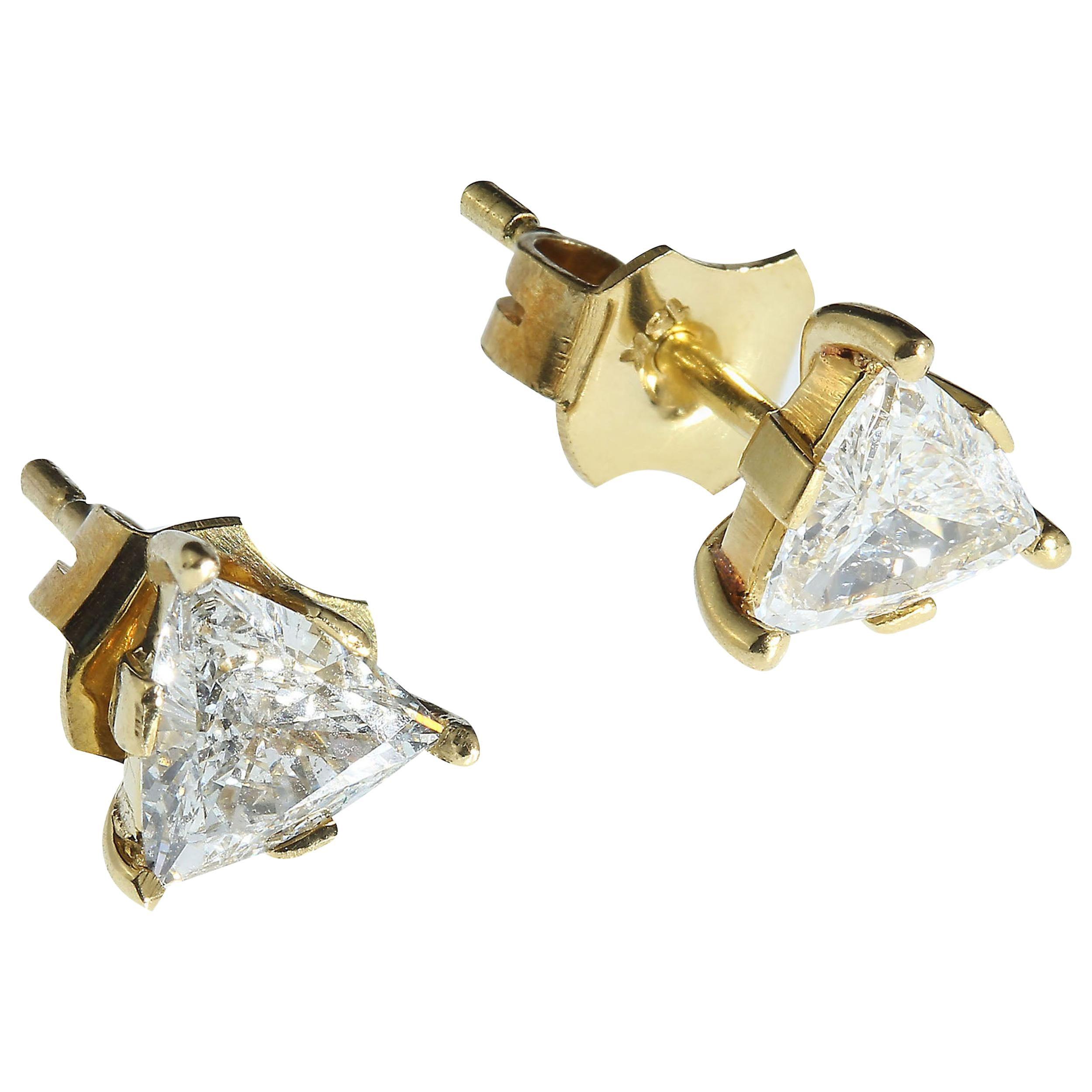 1.25 Carat Glittering Diamond Stud Earrings