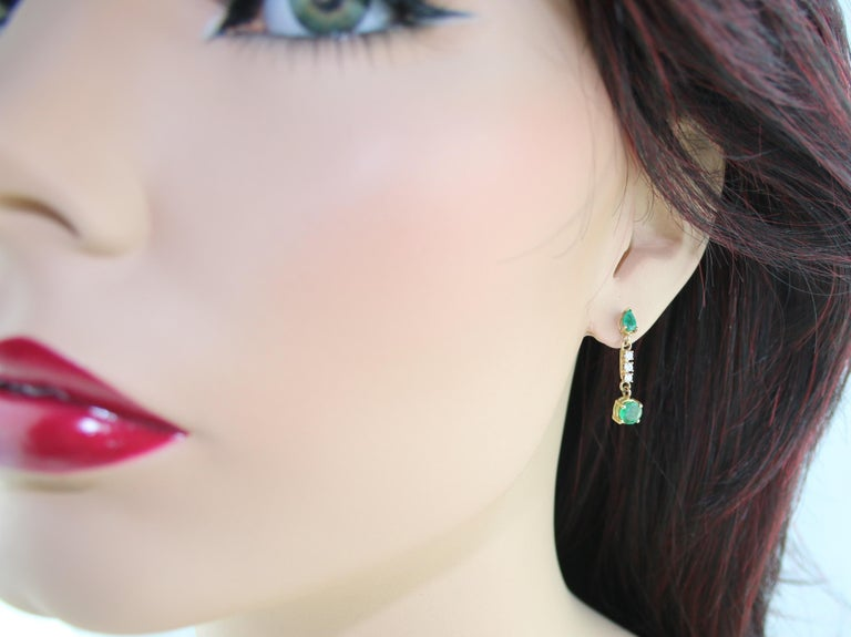 Contemporary 1.25 Carat Emerald and Diamond Gold Drop Earrings