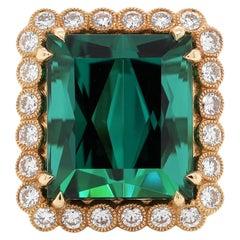 12.50 Carat Green Tourmaline Diamond 18 Karat Yellow Gold Solitaire Ring