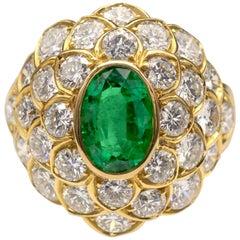 1,26 Carat Emerald Diamond 18 Karat Yellow Gold Cocktail Ring