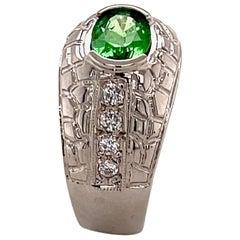 1.26 Carat Tsavorite and Diamond Gold Ring
