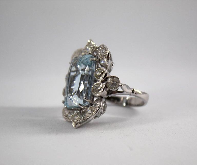12.60 Carat Aquamarine 2.90 Carat White Diamond White Gold Cocktail Ring For Sale 1