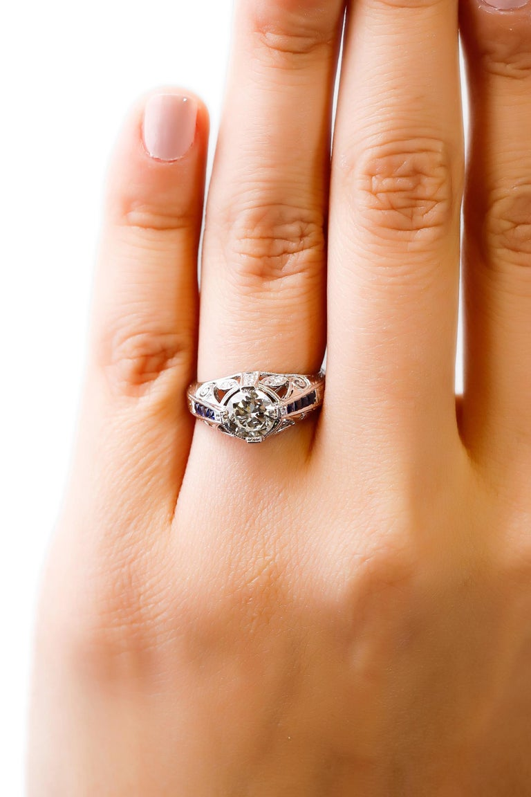 Round Cut 1.27 Carat Diamond and Sapphire Halo Ring 18 Karat White Gold Fine For Sale