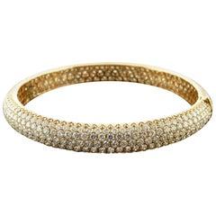 12.77 Carat Diamond Pave 18 Karat Rose Gold Bangle