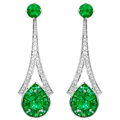 1.28 Carat Pear Emerald 3.76 Carats Total Emerald 14K White Gold Drop Earrings