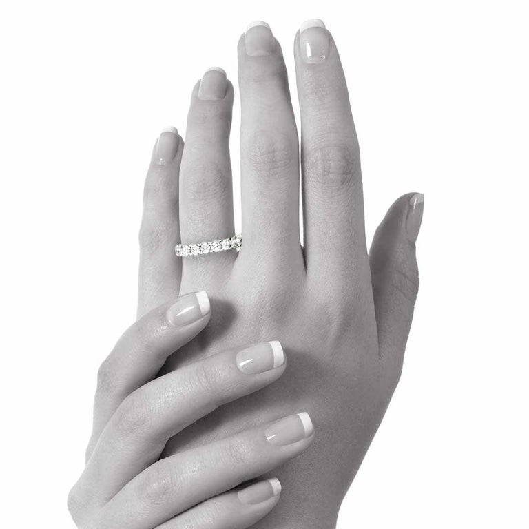 1.29 Carat Round White Diamond F VS Scalloped Claw Set Ring Natalie Barney In New Condition For Sale In Crows Nest, NSW
