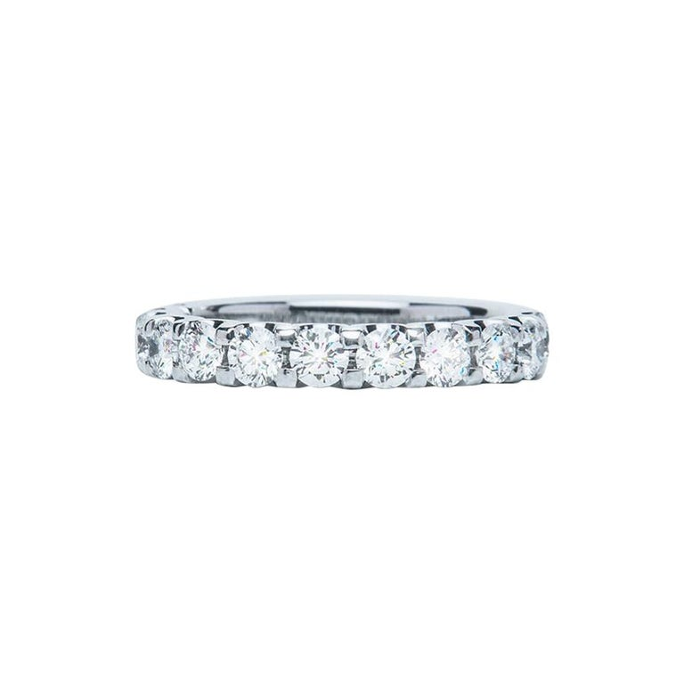 1.29 Carat Round White Diamond F VS Scalloped Claw Set Ring Natalie Barney For Sale