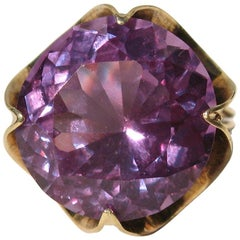 13+ Carat 14 Karat Gold Amethyst Basket Set Cocktail Ring