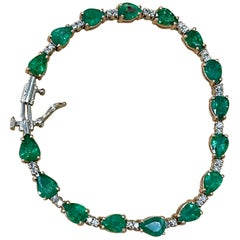 13 Carat Natural Zambian Emerald and Diamond Tennis Bracelet 14 Karat White Gold