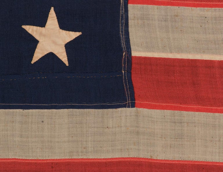 13 Hand Sewn Stars in a 3-2-3-2-3 Pattern on a U.S Navy Small Boat Ensign In Good Condition For Sale In York County, PA