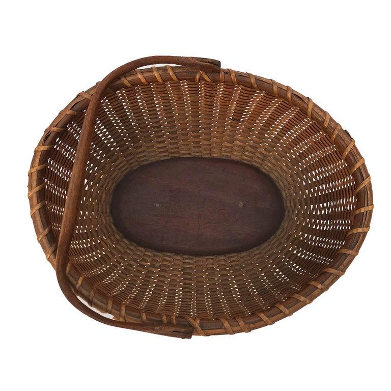 Hand-Woven Oval Nantucket Lightship Basket For Sale