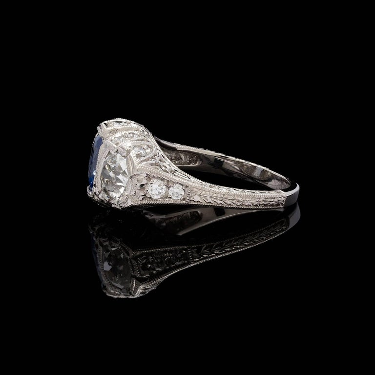1.30 Carat GIA Certified Unheated Sapphire Diamond Platinum Ring In Excellent Condition For Sale In San Francisco, CA