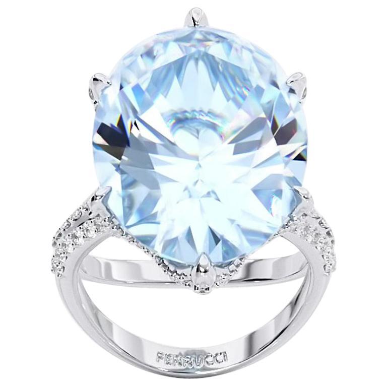 13.05 Carat Oval Aquamarine 0.78 Carat White Diamonds 18 Karat White Gold