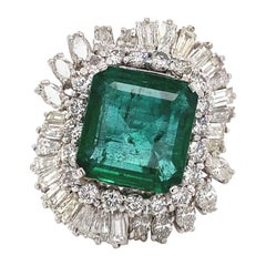 13.07 Carat Emerald with 8.90 Carat Diamonds Vintage Ring 18 Karat White Gold