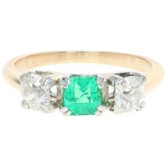 1.31 Carat Emerald and Diamond Art Deco Ring, 14 Karat Yellow Gold Vintage