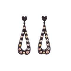 13.20 Carat Mughal Cut Diamond 6.86 Carat Black Diamond 18k Gold Dangle Earring