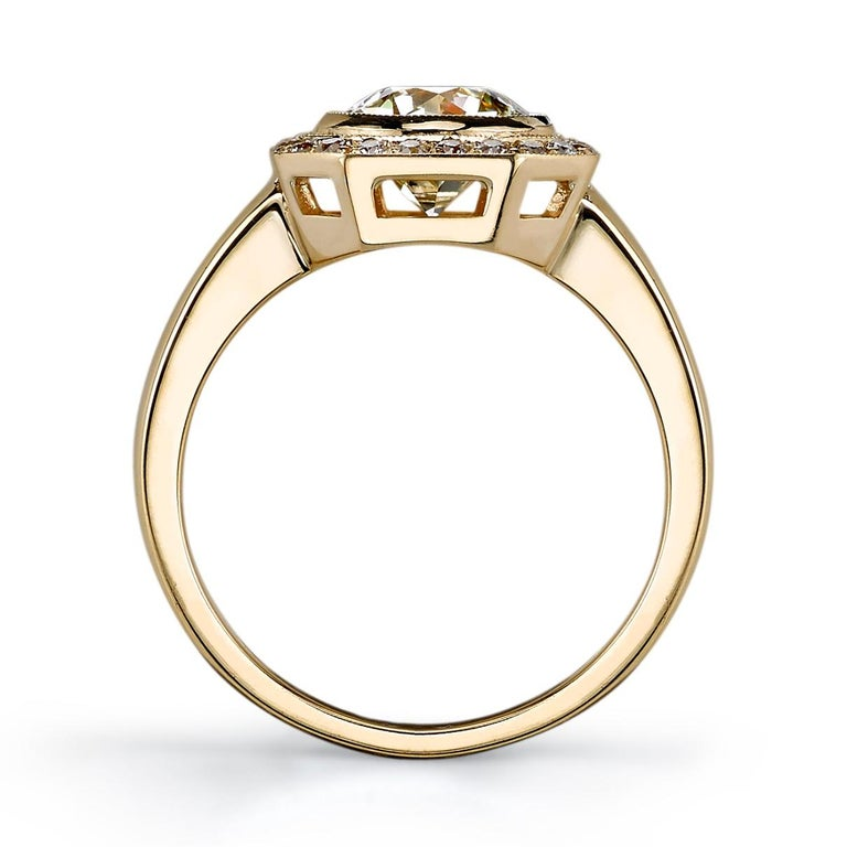 Art Deco 1.33 Carat Old European Cut Diamond Set in a Yellow Gold Engagement Ring For Sale