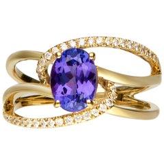 1.33 Carat Tanzanite and Diamond 14 Karat Yellow Gold Ring
