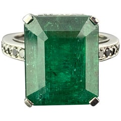 13.34 Carat Emerald and Black Diamond Cocktail Ring