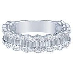1.34 Carat Baguette and Round Diamond 18 Karat White Gold Wedding Band
