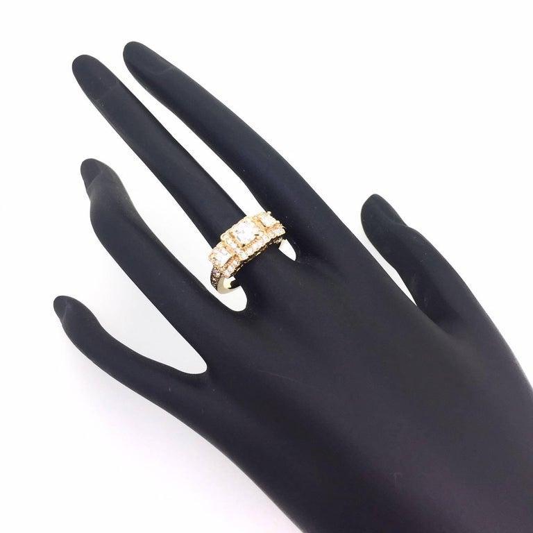 Women's 1.34 Carat Diamond Three-Stone 18 Karat Rose Gold Ring For Sale