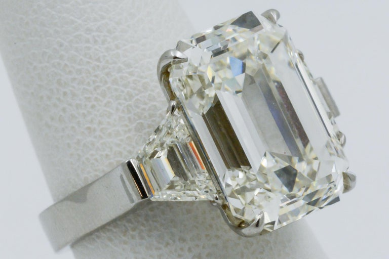 13.49 Carat GIA Emerald Cut 3-Stone Diamond Ring For Sale 1