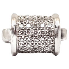 1.35 Carat 18 Karat White Gold Diamond Ring