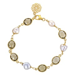 13.53 Carat Olive Quartz South Sea Keshi Pearl 18 Karat Yellow Gold Bracelet